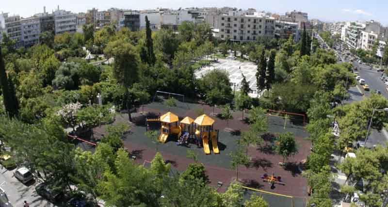 Επιχείρηση της ΕΛΑΣ στην πλατεία Δαβάκη! Τέσσερις συλλήψεις και τουλάχιστον 15 προσαγωγές