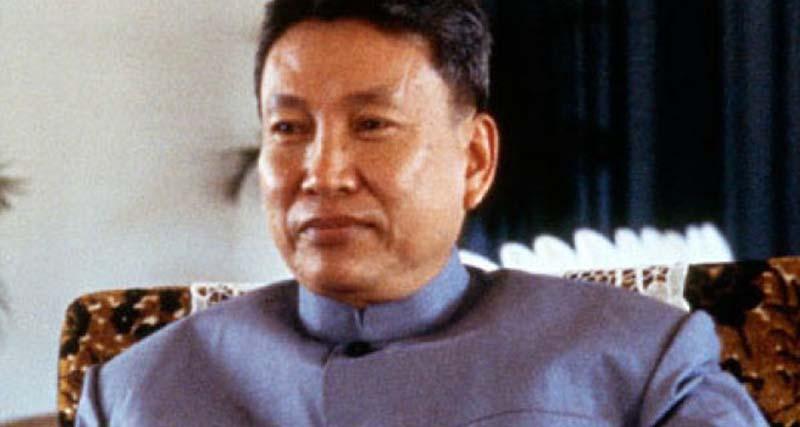 Ο ηγέτης που εξολόθρευσε τον λαό του – Απαγόρευσε το γέλιο, κατήργησε τις πόλεις, το χρήμα ακόμη και τους γονείς