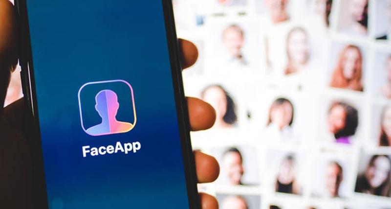 "FaceApp: Παγκόσμια ανησυχία για την εφαρμογή που ""σε γερνάει"""